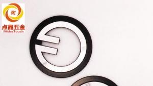 CNC数控加工中心有哪些主要部件组成?